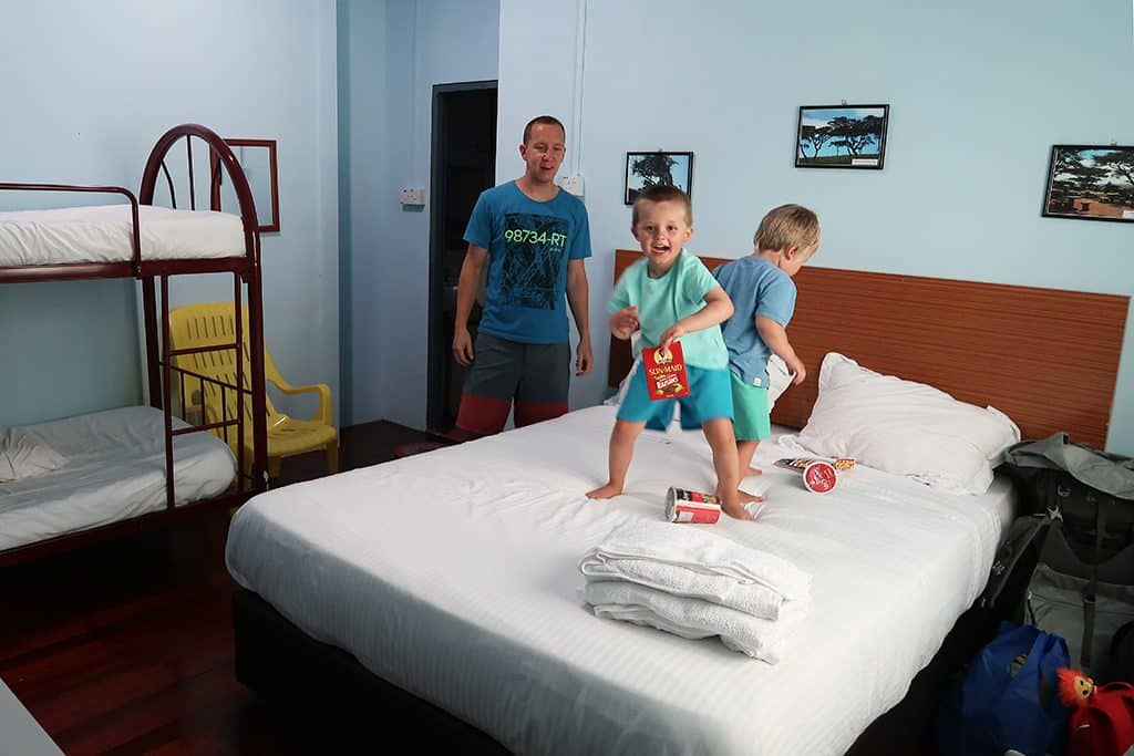 poring hotel