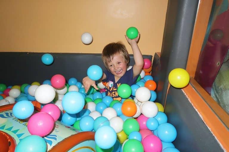 barn fyller år Dante blir fyra! | Äventyr med barn – med världen som lekplats barn fyller år